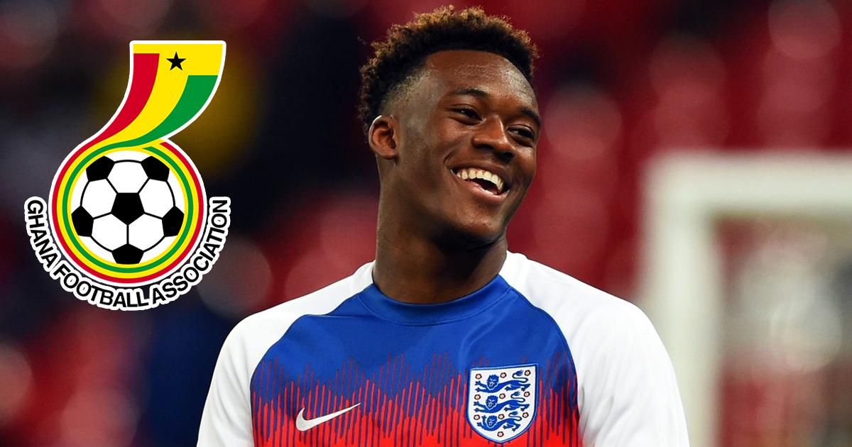 Không có chuyện Hudson-Odoi từ bỏ màu áo đội tuyển Anh