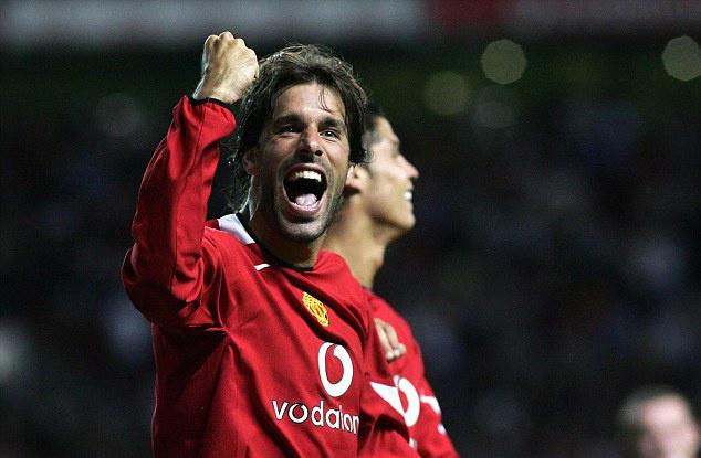 Man Utd đang có Nistelrooy mới trong đội hình, Các hậu vệ PL hãy cẩn thận