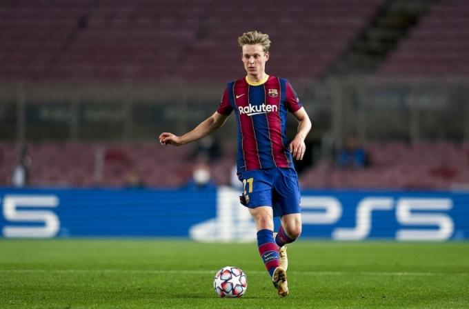 Messi chỉ rõ cừu đen cần loại bỏ ở Barca