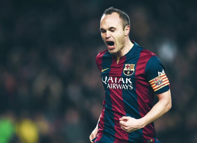 Iniesta: Mbappe phù hợp với Barca hơn Haaland