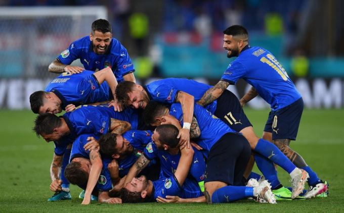 Lịch sử ủng hộ Italia trước trận thư hùng thế hệ vàng Bỉ