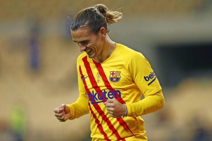 """Giảm quỹ lương, Barca lấy sao 60 triệu euro ra """"mời hàng"""" Chelsea"""