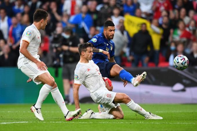 5 điểm nhấn Italia 1-1 Tây Ban Nha (Pen 4-2): Từ người hùng thành tội đồ; Phá bỏ lời nguyền áo trắng