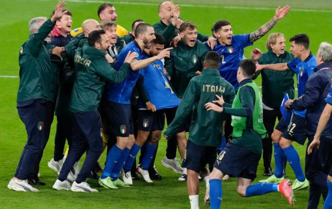 Thầy trò Southgate tỏ ra thận trọng trước trận Chung kết EURO 2021