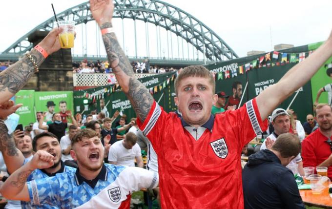 Huyền thoại ĐT Đức công kích ĐT Anh sau thất bại trước Italia ở ngay sân nhà Wembley