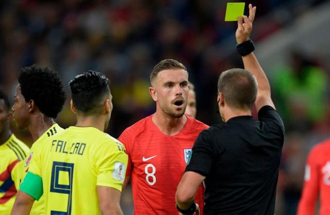 FIFA cân nhắc thay đổi luật bóng đá: sự kết hợp của bóng rổ và futsal