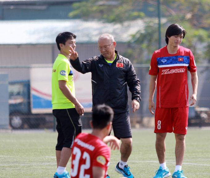 """""""Robben của Việt Nam"""" báo tin cực vui cho HLV Park Hang Seo"""