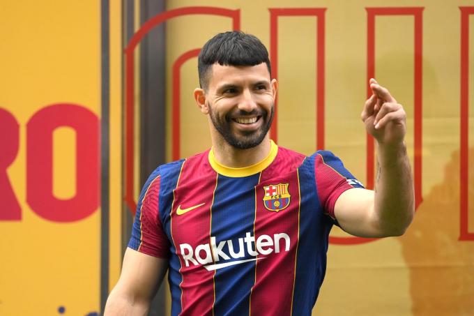 Đội hình trong mơ của Barca ở mùa giải 2021-2022