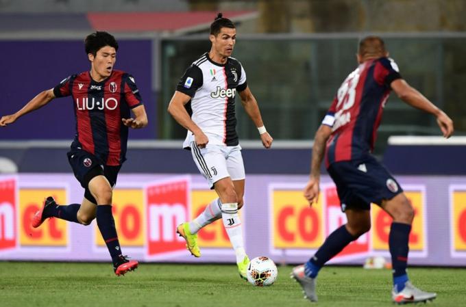 <b>Tân binh người Nhật của Arsenal</b> - hậu vệ Takehiro Tomiyasu là ai?