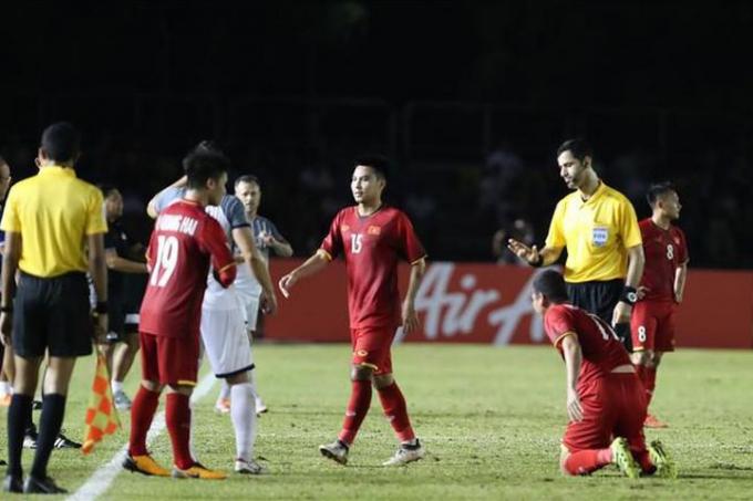 """<b>""""Người quen"""" của HLV Park Hang Seo</b> cầm còi trận Việt Nam vs Australia"""