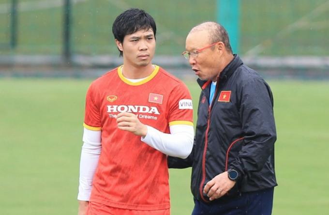Loạn tin <b>Công Phượng được triệu tập gấp trở lại</b> đội tuyển Việt Nam