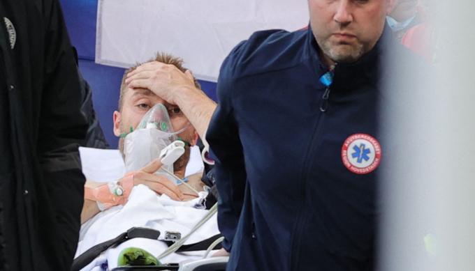 Báo Italia: <b>Christian Eriksen có thể tập luyện trở lại trong vòng 1 tháng</b>