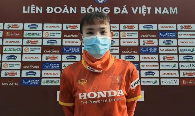"""""""Hòn đá tảng"""" của ĐT nữ Việt Nam nói về mục tiêu dự World Cup"""