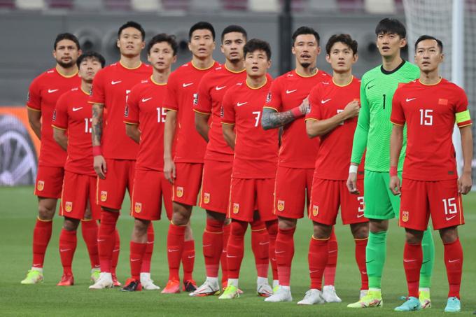 Trung Quốc đến địa điểm thi đấu với ĐT Việt Nam <b>trước 1 tháng</b>