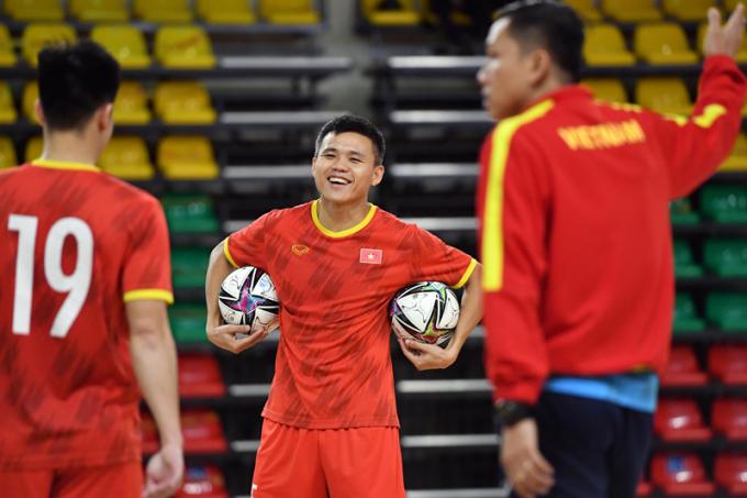 <b>Hé lộ miếng đánh</b> của ĐT Futsal Việt Nam trước Brazil ở World Cup