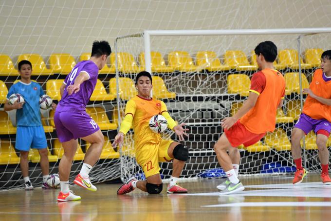 <b>ĐT Futsal Việt Nam tập gì</b> trước khi gặp Brazil ở World Cup 2021?