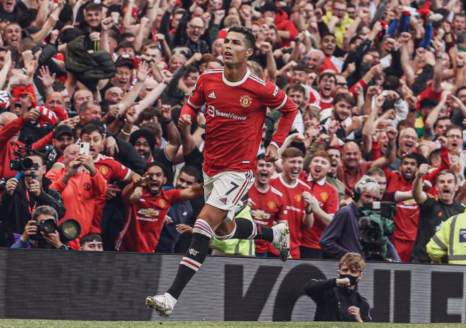 Điểm mặt 5 ngôi sao vừa ra mắt Ngoại hạng Anh: Bộ đôi châu Á tỏa sáng cùng Ronaldo