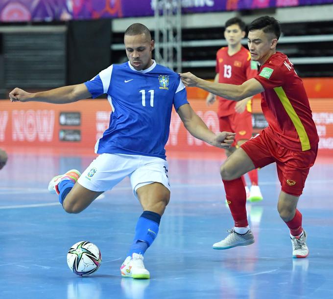 <b>ĐT Futsal Việt Nam 1-9 ĐT Futsal Brazil</b>: Đẳng cấp chênh lệch