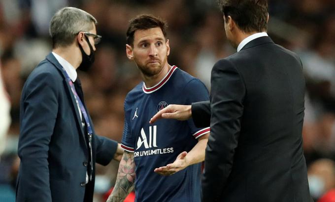 Ai là người đã khiến <b>Lionel Messi gặp chấn thương đầu gối?</b>
