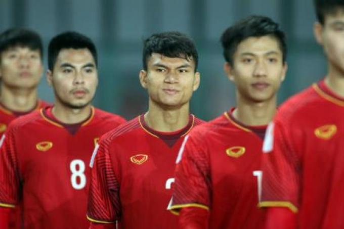 NÓNG! HLV Park Hang Seo <b>triệu tập thêm 2 cầu thủ</b> để đấu với Trung Quốc