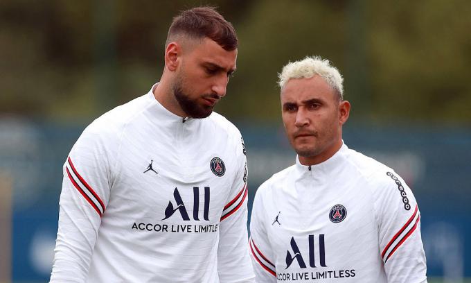 Cầu thủ xuất sắc nhất EURO 2021 bị cô lập ở PSG