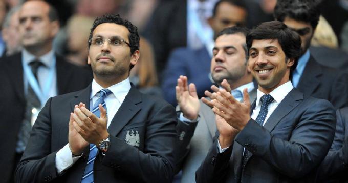 Ông chủ Man City uỷ thác đội bóng gia nhập <b>đường đua giành Mbappe</b>