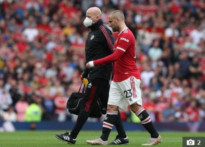 MU <b>chịu tổn thất cực lớn</b> sau thất bại trước Aston Villa
