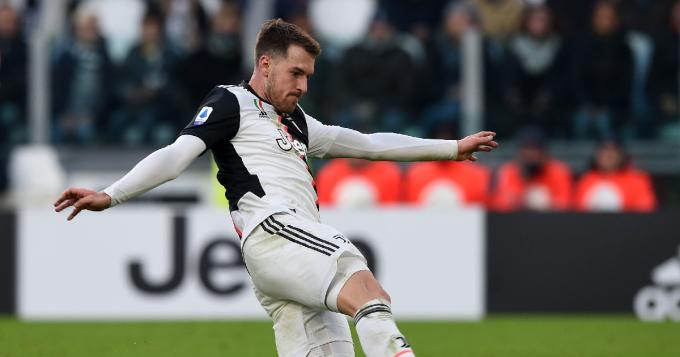 Juventus sẵn sàng để <b>Ramsey ra đi</b> vào tháng Giêng