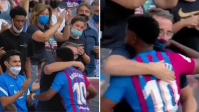 <b>Truyền nhân Messi</b> ăn mừng cảm động sau <b>323 ngày vắng mặt</b>