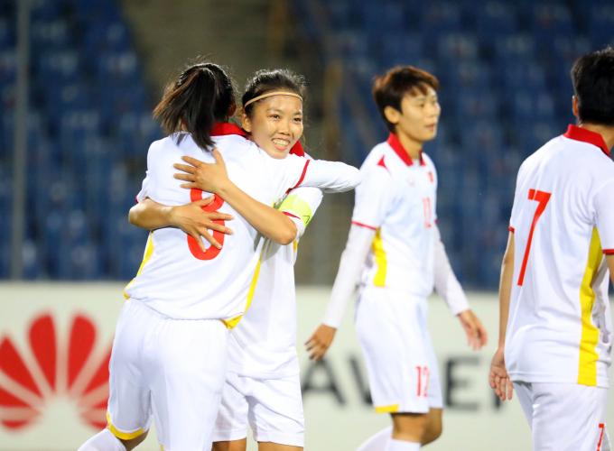 ĐT nữ Việt Nam <b>hoàn tất thủ tục quan trọng</b> trước khi dự chung kết