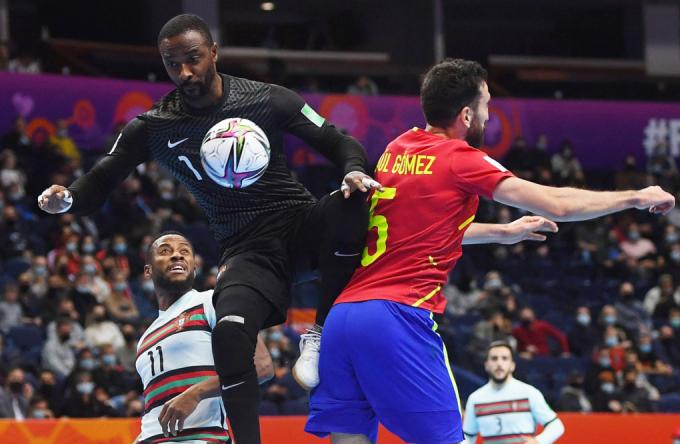 <b>Xác định 2 trận bán kết</b> FIFA Futsal World Cup 2021