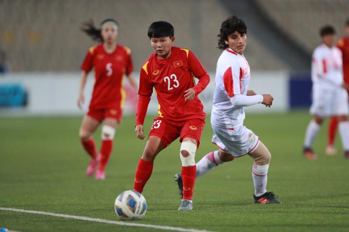 ĐT nữ Việt Nam <b>thắng tưng bừng để giành vé dự VCK châu Á</b>