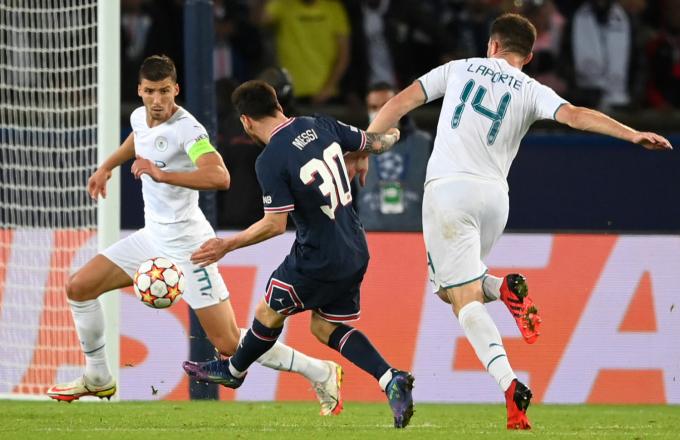 <b>Kết quả lượt trận C1</b>: Messi ghi bàn đầu tiên cho PSG; Real bại trận trước đội nhược tiểu