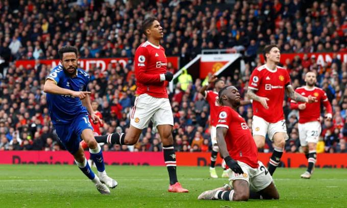 Solskjaer <b>biện minh</b> sau trận hoà <b>đáng thất vọng</b> của MU trước Everton