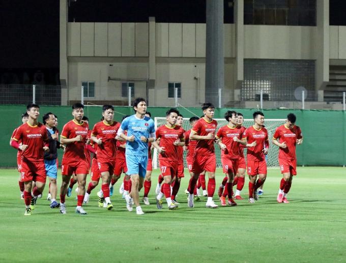 HLV Park Hang-seo <b>tung hỏa mù</b> với Trung Quốc