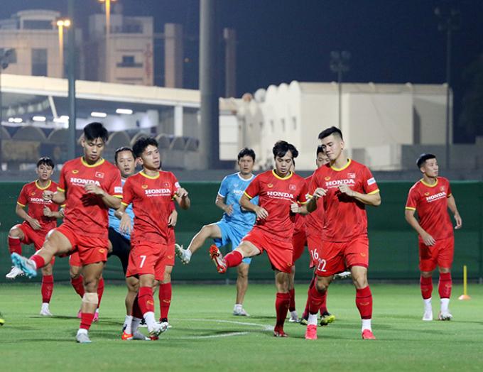 <b>AFC kì vọng 'thế hệ vàng Việt Nam'</b> tạo bất ngờ trước Trung Quốc