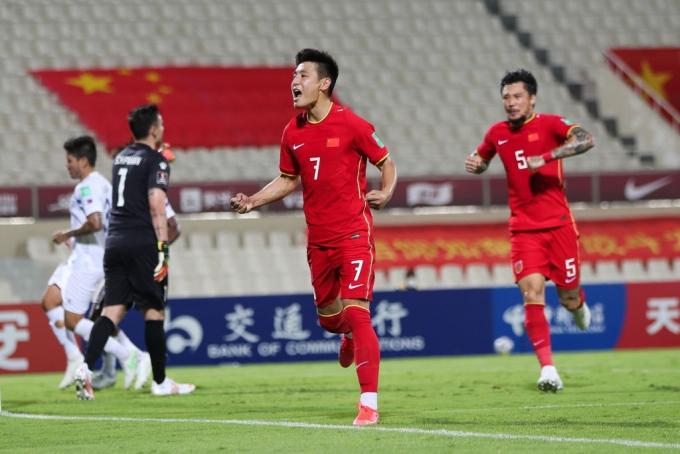 AFC chọn một cầu thủ Việt Nam sẽ <b>ghi bàn vào lưới Trung Quốc</b>
