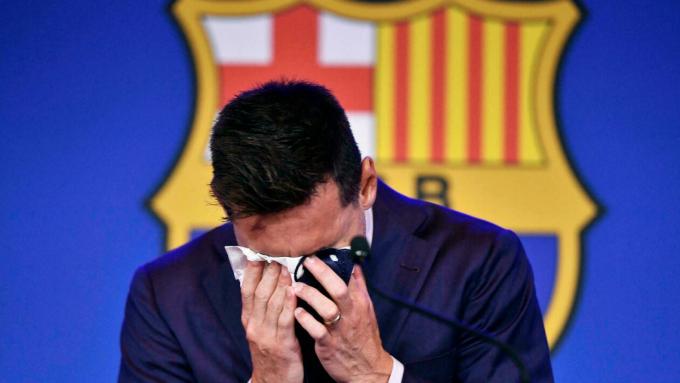 Laporta: Tôi đã kỳ vọng <b>Messi sẽ tự ngỏ lời thi đấu không lương cho Barca</b>