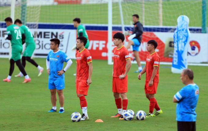 Bản tin sáng ngày 12/10: <b>HLV Park Hang-seo đáp trả bầu Hiển</b>; Neymar ấn định thời điểm từ giã ĐTQG Brazil