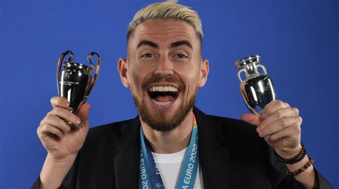 Nhà vô địch EURO 2021 tiết lộ <b>ứng cử viên sáng giá Quả bóng vàng 2021</b>
