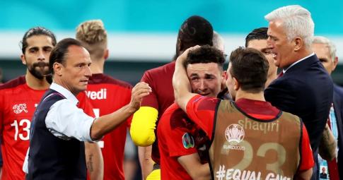 Sao trẻ Thụy Sĩ giàn giụa nước mắt vì quả phạt đền định mệnh tại EURO 2021