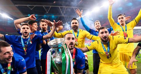 Italia nhảy vọt trên bảng xếp hạng FIFA sau EURO 2021