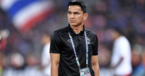 NÓNG! Kiatisak trở về Thái Lan, liệu có nắm ĐTQG?