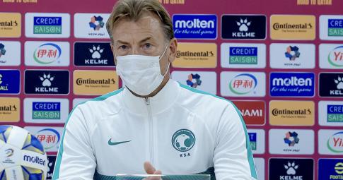 HLV Saudi Arabia chỉ ra <b>một cầu thủ Việt Nam có đẳng cấp cao</b>