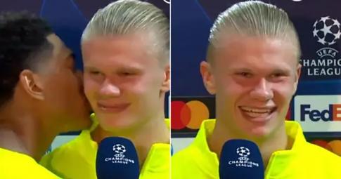Sao trẻ Dortmund hôn má Erling Haaland ngay trước máy quay