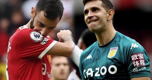 Emiliano Martinez ăn mừng khiêu khích cổ động viên Man United