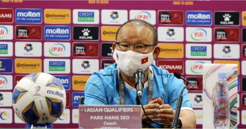 HLV Park Hang-seo chê Trung Quốc bất lịch sự