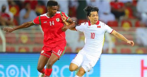 Họp báo sau trận Oman 3-1 Việt Nam: <b>HLV Park Hang-seo nói nặng về trọng tài</b>