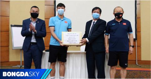 """ĐTQG Việt Nam nhận """"doping"""" trước chiến dịch World Cup 2022"""
