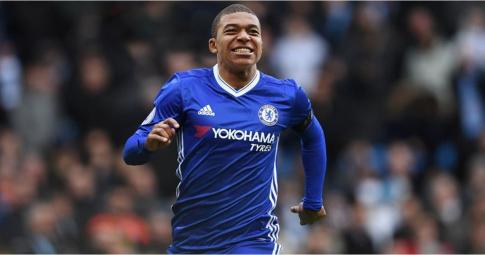 """Siêu cầu thủ"" của Chelsea qua lời kể của Mbappe"